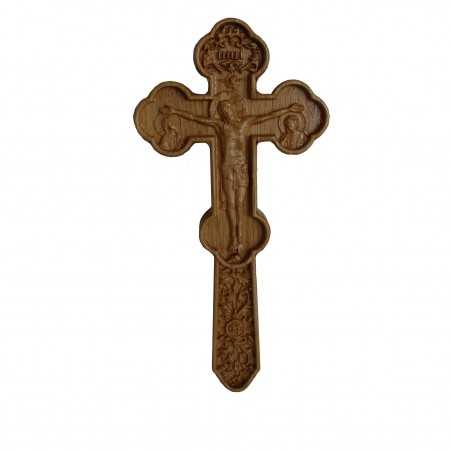 Cruce Binecuvantare sculptata cu brate treflate. Dimensiuni 19.5x9.5 cm